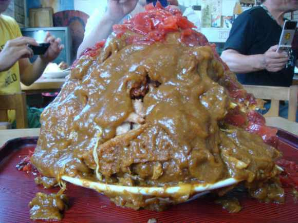 worlds-largest-plate-of-food
